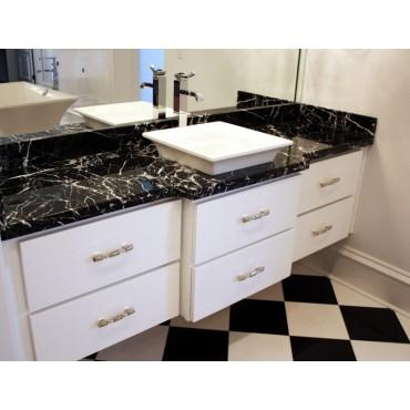 Nero Marquita Marble (Spanish) Bathroom